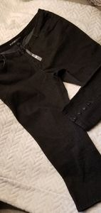 Avenue Black ankle jean